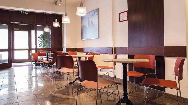 did_frankfurt_cafeteria